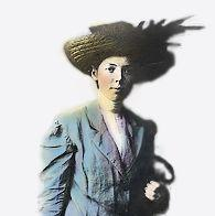 Первый представитель Эйвон (Миссис Алби)